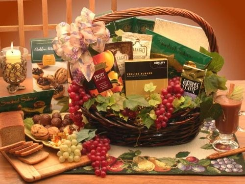 Kosher Holidays & Everyday Goody and Gourmet Basket - Small
